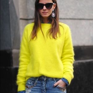 🍋FOREVER 21🍋 Neon Yellow Knitted Sweater
